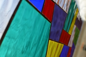 színes tiffany üveg